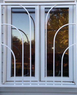 Fountain window guard, white
