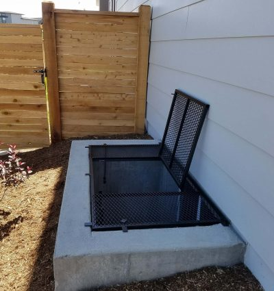 Large Grate with trap door3