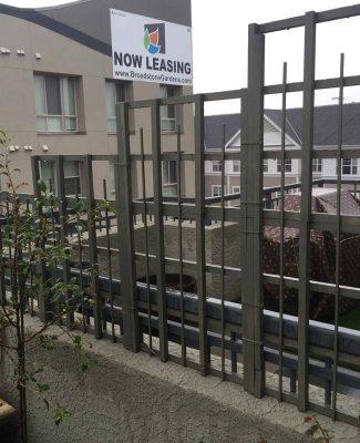 Residential steel townhouse backyard divider